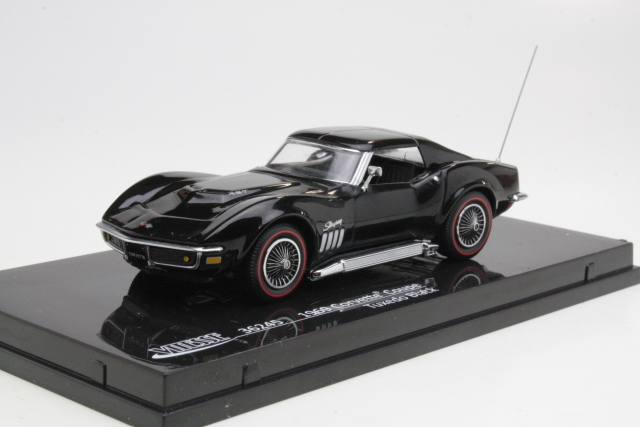 Chevrolet Corvette C3 Coupe 1968, musta