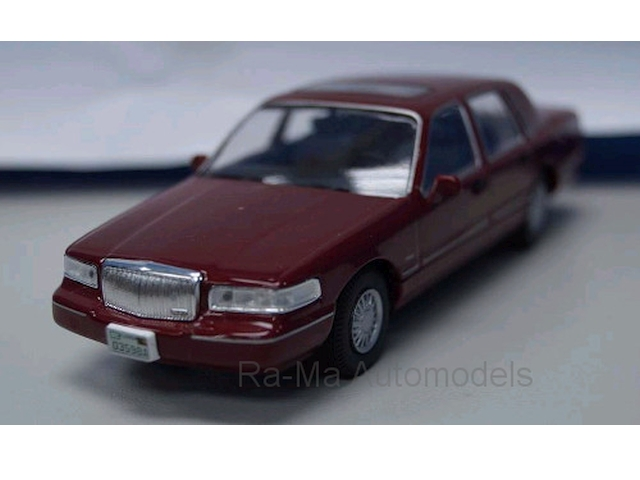 Lincoln Town Car 1996, tummanpunainen
