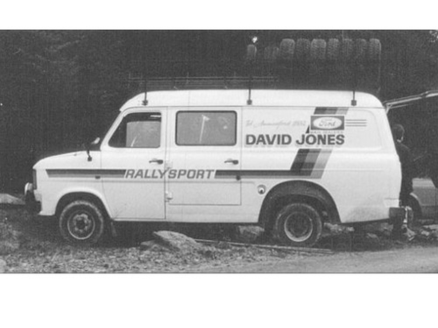 "Ford Transit Mk2 1979, ""Rally Assistance David Jones"""