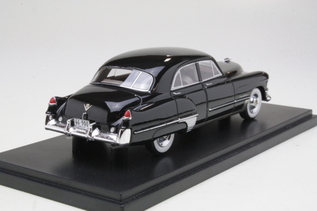 Cadillac Series 62 Touring Sedan 1949, musta