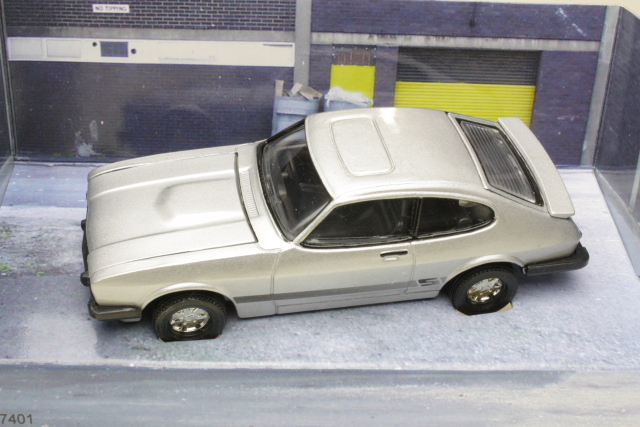 "Ford Capri with Bodie & Doyle figures ""The Professionals"""