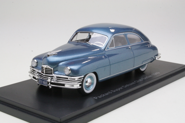 Packard Super De Luxe Club Sedan 1949, sininen