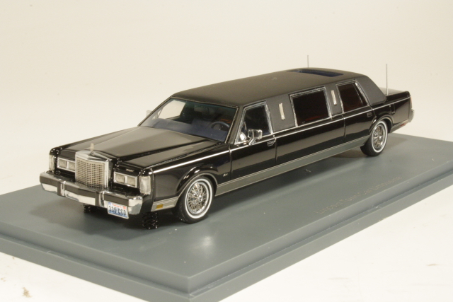 Lincoln Towncar Formal Limousine Stretch 1985, musta